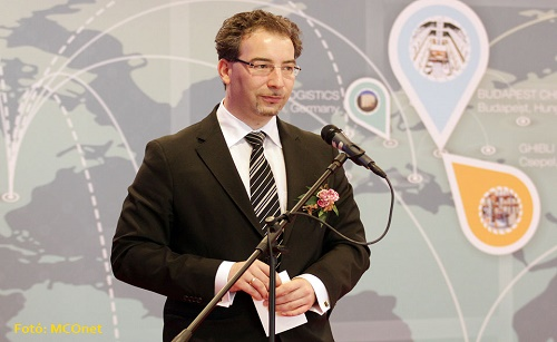 匈牙利投资促进署(HITA)负责政府关系副主席Bilek Péter致辞