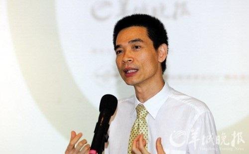 中国国际贸易促进委员会广州市委员会会长曾凯章被采访
