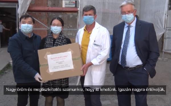 Thousands of masks help fight the coronavirus