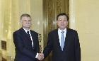 张德江与匈牙利国会主席克韦尔举行会谈
