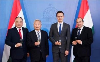 比亚迪匈牙利的Komárom市建首座欧洲电动巴士工厂